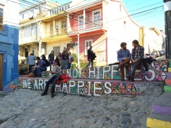 On top of the Cerro Alegre you'll find the famous 'We are not hippies, we are happies' motto