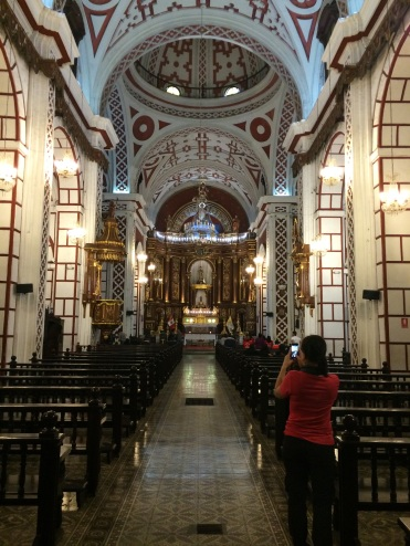 The 'Convento de San Francisco de Assis' has survived several major earthquakes, including the largest in 1746. It's interiors evidence influences of baroque and Arab brought by the Spanish.