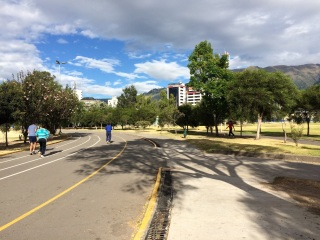 The 'Parque La Carolina' has a great running track