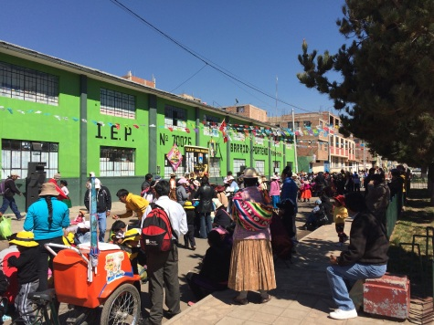 We arrived to Puno on 'Dia del Campesino' and everyone was eating and offering food in the streets. If it was up to them, we would have had lunch at least five times!