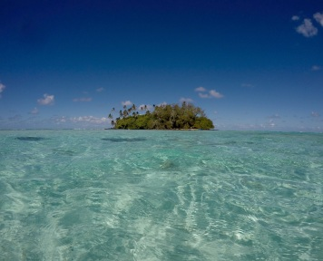 On our way to our own little island at Muri Beach!