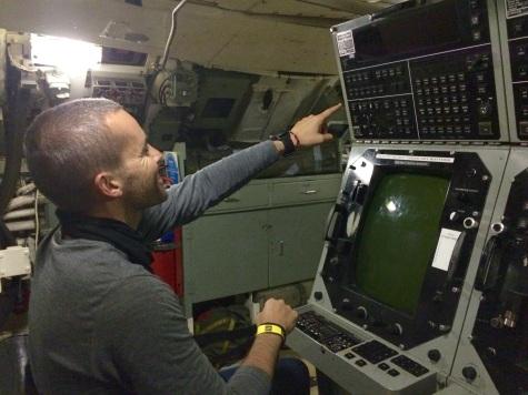 Verne commanding the submarine... Not really a problem, as sinking is already a given!