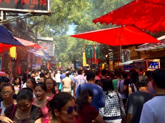 The Muslim quarter is always busy, but weekends are specially packed days!