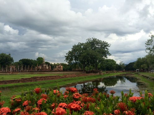 Even under rain filled clouds, Sukhothai was still beautiful