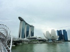 Fortunately some of our awesome friends that have visited Singapore recently came to the rescue and sent us their own pictures of the stuff we couldn't visit. This is the Marina, probably Singapore's most iconic quarter (photo credits: Rossana Santos)