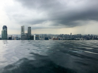 The infinity pool at the top of the Marina Bay Sands (photo credits: Ricardo Trindade)