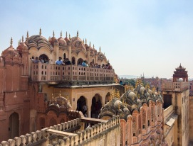 Those domed canopies are one of Hawa Mahal's most distinctive Hindu Rajput architectural elements