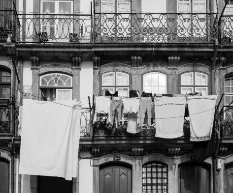 Riverfront house, Foz, Porto (35mm, f11, 1/42s, ISO 200)