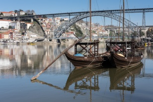 Dom Luís I bridge, Porto (35mm, f9, 1/350s, ISO 200)