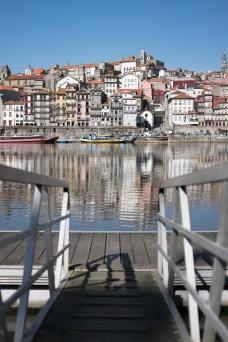 Ribeira, Porto (35mm, f2, 1/10500s, ISO 200)