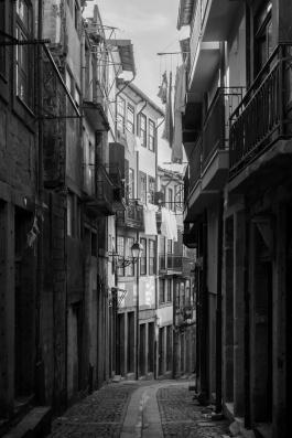 Ribeira, Porto (35mm, f8, 1/450s, ISO 200)