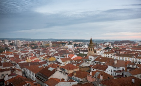 View of the city, Tomar, Portugal (18mm, 1/60s, f3.5, ISO 640)