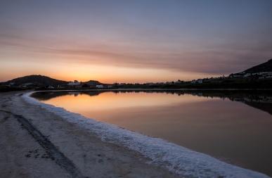 Salt lake at Agios Prokopios, Naxos (16mm, 1/160s, f4.5, ISO 200)