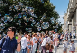 Soap bubbles near Old Town Square, Prague (35mm, 1/450s, f6.4, ISO 200)