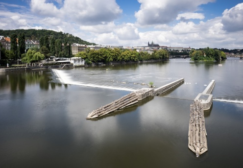 View over the Vltava river, Prague (16mm, 5s, f16, ISO 200, 9-stop ND filter)
