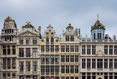 After: Grand Place, Brussels, Belgium (35mm, f7.1, 1/450s, ISO 200, PPL1-Corrected)