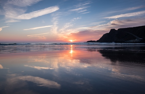 After: Sunset at Arrifana beach, Portugal (16mm, 1/150s, f5, ISO 200, PPL1-Corrected)