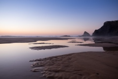 Odeceixe Beach at sunset (16mm, 1/140s, f2, ISO 200)