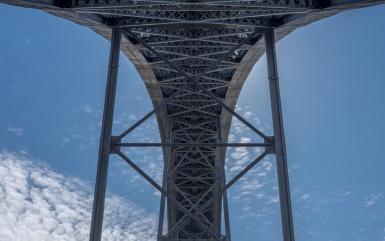 D. Luís I Bridge, Porto (35mm, f16, 1/800s, ISO 200)