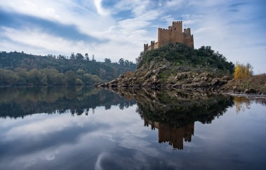 After: Almourol Castle, Portugal (18mm, 1/1700s, f4.5, ISO 200, PPL3-Altered)