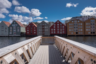 Trondheim, Norway (16mm, f9, 1/400s, ISO 200, PPL1-Corrected)