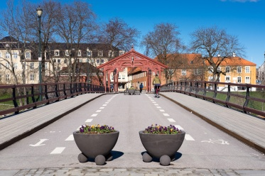 Old Town Bridge, Trondheim, Norway (35mm, f10, 1/350s, ISO 200, PPL1-Corrected)