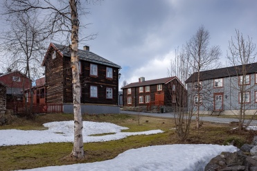 Røros, Norway (16,mm, f7.1, 1/400s, ISO 200, PPL1-Corrected)