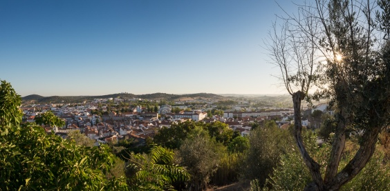 Montemor-o-Novo, Portugal (3-picture panorama, 16mm, f16, 1/170s, ISO 200, PPL2-Enhanced)
