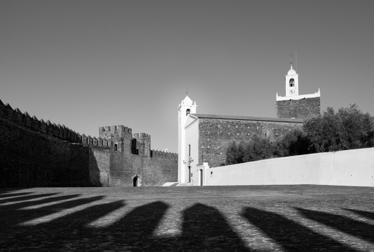 Alandroal castle, Portugal (16mm, f9, 1/350s, ISO 200, PPL3-Altered)