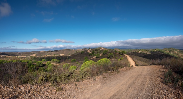 Near Silves, Algarve, Portugal (3-picture panorama, 16mm, f8, 1/420s, ISO 200, PPL3-Altered)