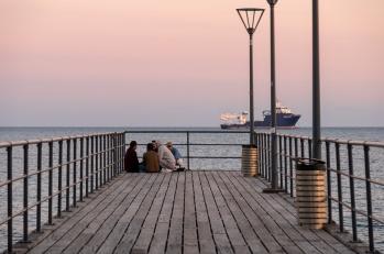 Limassol promenade, Cyprus (95mm, f5.6, 1/60s, ISO 200, PPL1-Corrected)