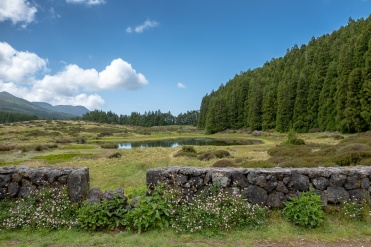 Lagoa do Negro, Terceira, Azores (18mm, f5.6, 1/500s, ISO 200, PPL1-Corrected)