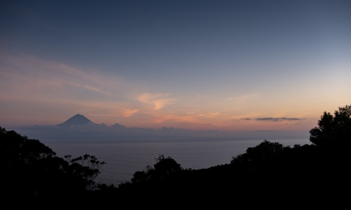 Pico mountain view from São Jorge, Azores, Portugal (20mm, f4, 1/120s, ISO 200, PPL1-Corrected)