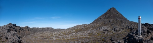 Pico Mountain crater, Azores (6-picture panorama, 18mm, f5.6, 1/500s, ISO 200, PPL3-Altered)