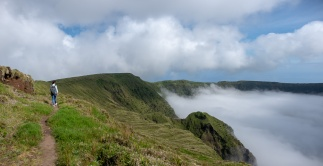 Caldeira, Faial, Azores, Portugal (2-picture panorama, 18mm, f5.6, 1/1250s, ISO 200, PPL3-Altered)