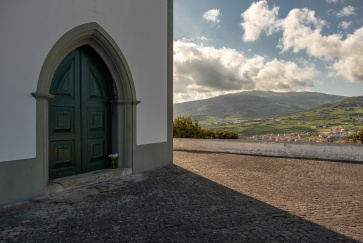Guia Hill, Faial, Azores, Portugal (3-picture composite, 18mm, f8, 1/600s, ISO 200, PPL2-Enhanced)