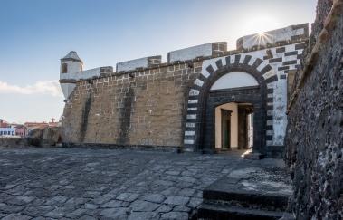 São Sebastião Fort, Faial, Azores, Portugal (3-picture composite, 18mm, f20, 1/75s, ISO 200, PPL3-Altered)