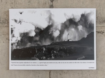 "The caption says: ""When one of those volcano explosions started (...) we folks ran back home, we couldn't see each other unless the light was on, and even then it was hard! Everything turned into horrific darkness. During the day, during the day..."""