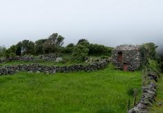 Fajãzinha, Flores, Azores (30mm, f5.6, 1/300s, ISO 200, PPL3-Altered)