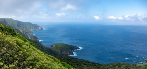 Flores, Azores (2-picture panorama, 18mm, f5.6, 1/600s, ISO 200, PPL3-Altered)