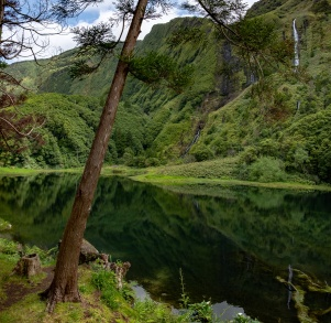 Poço da Alagoinha, Flores, Azores (6-picture composite panorama, 18mm, f5.6, 1/1250s, ISO 200, PPL2-Enhanced)