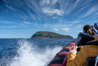 On our way to Corvo, Azores (18mm, f5.6, 1/1100s, ISO 200, PPL1-Corrected)