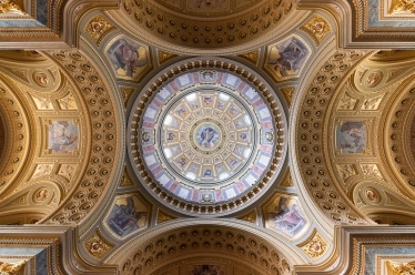 St. Stephen's Basilica, Budapest, Hungary (10mm, f4, 1/60s, ISO 2000, PPL1-Corrected)