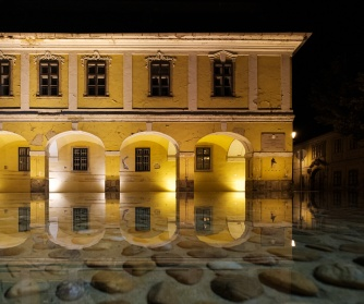 City Hall, Esztergom, Hungary (10mm, f4, 1/60s, ISO 2500, PPL1-Corrected)