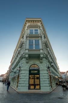 Bratislava, Slovakia (10mm, f7.1, 1/350s, ISO 200, PPL3-Altered)
