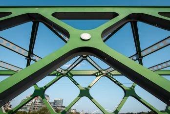 Starý Most bridge, Bratislava, Slovakia (10mm, f7.1, 1/480s, ISO 200, PPL1-Corrected)