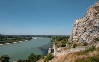 Devín Castle, Bratislava, Slovakia (12mm, f7.1, 1/950s, ISO 200, PPL3-Altered)
