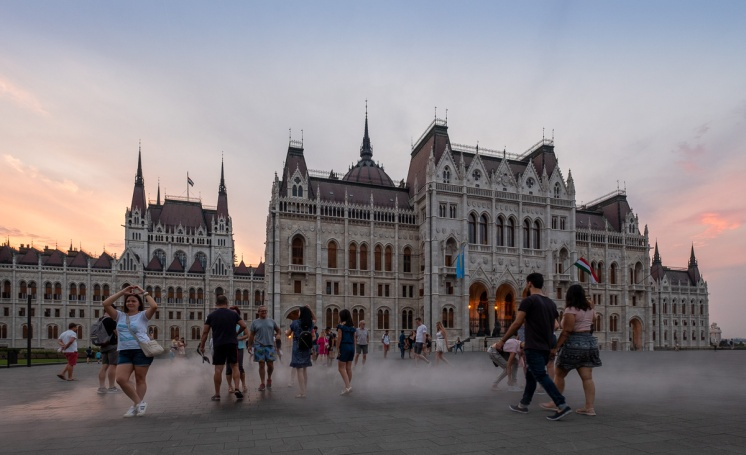 Hungarian Parliament Building, Budapest, Hungary (10mm, f4, 1/60s, ISO 400, PPL1-Corrected)
