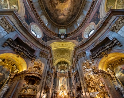 St. Peter's Church, Vienna, Austria (2-picture panorama, 10mm, f4, 1/60s, ISO 6400, PPL2-Enhanced)