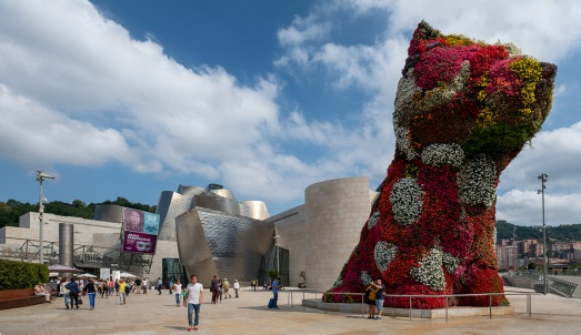 """Puppy"", by Jeff Koons, Guggenheim Museum, Bilbao, Spain (PPL1-Corrected)"